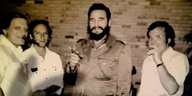 Frank Mankiewicz, Saul Landau, Fidel Castro and Kirby Jones meeting in Havana in 1975