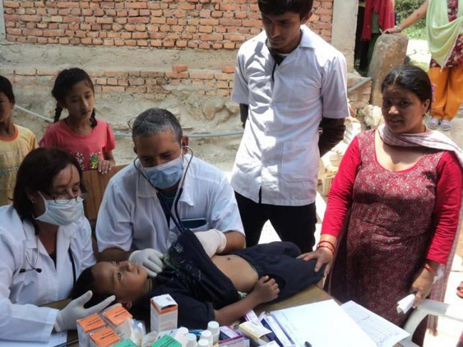 Cuban medical workers in post-earthquake Nepal