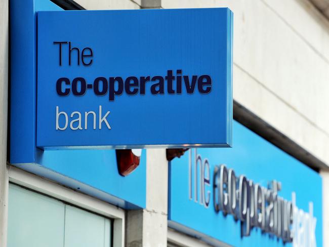 भाजपा नेताओं के कब्जे वाले सहकारी बैंकों पर आईटी की नजर