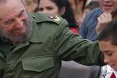 Fidel Castro with Elián González in 2005
