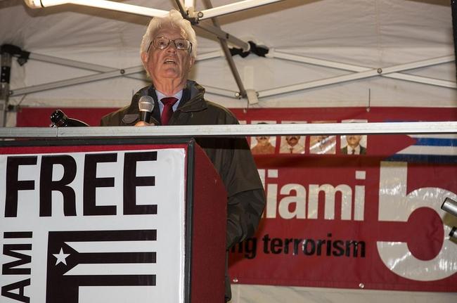 Rodney Bickerstaffe speaking at a Vigil for the Miami Five, December 2014