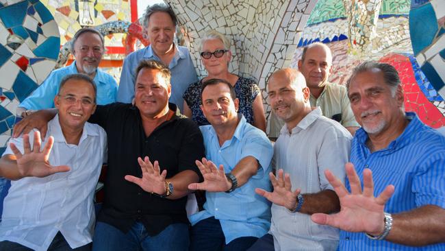 Bottom row left to right: Antonio Guerrero, Ramón Labañino, Fernando González, Gerardo Hernandez, René González  Top row left to right: Stephen Kimber, Barrie Dunn, Terry Greenlaw, Ramón Samada