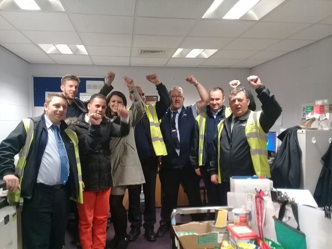 In Leeds, they visited First Leeds Bus Depo, where they met with officers from the Unite NE 302/36 Leeds Bus Workers branch