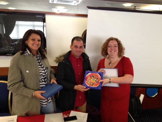 Fran Heathcote, PCS Deputy President gifted the Cuban trade unionists PCS plates