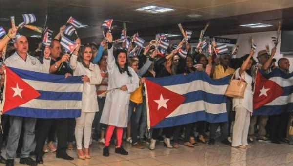 Around 700 Cuban doctors have now returned from Bolivia
