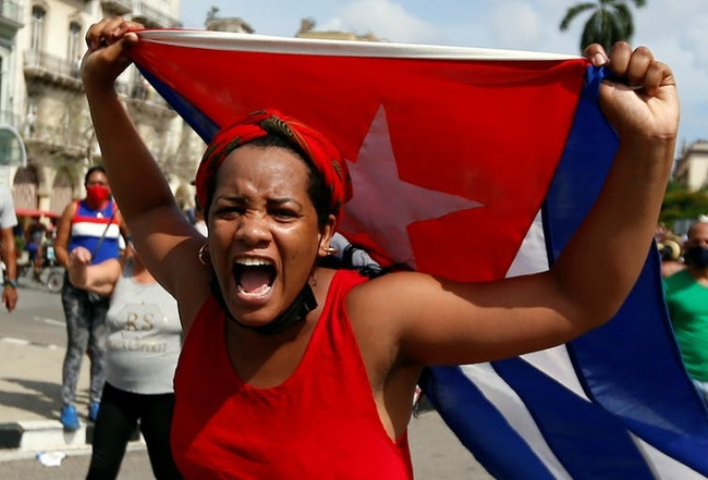 A pro-government support takes to the streets of Havana in response to anti-government protests
